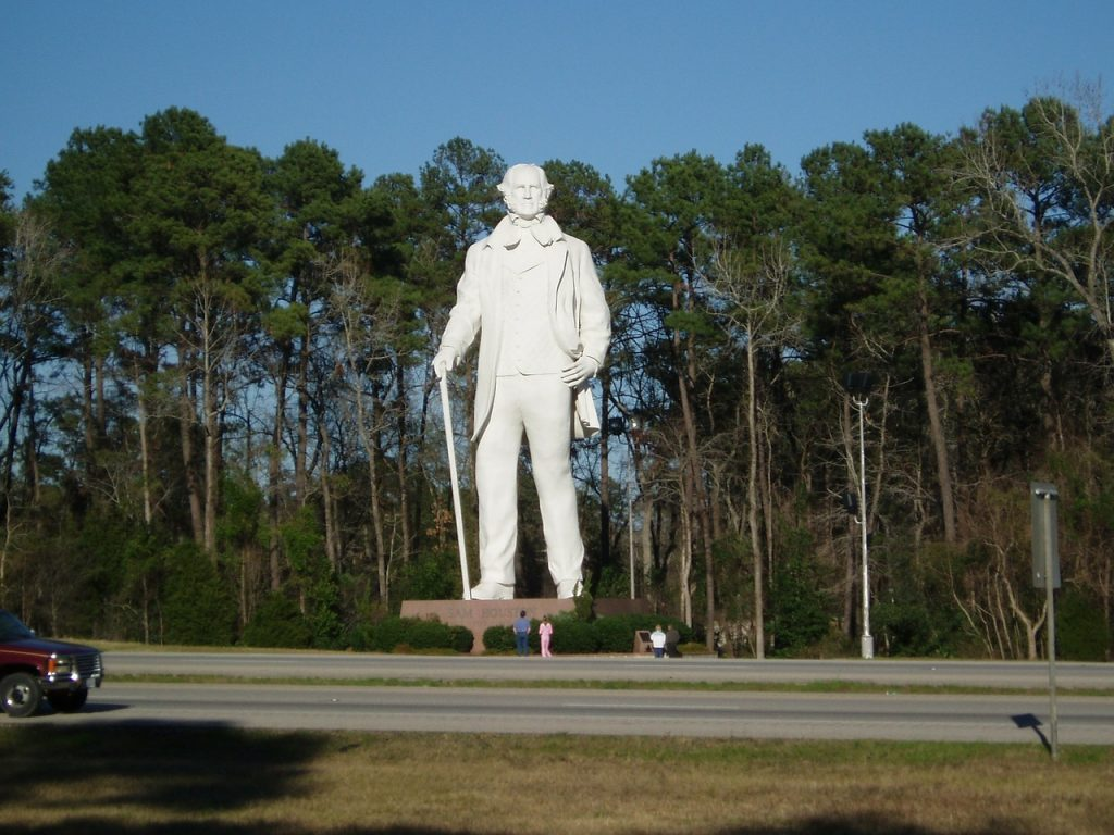 In Texas, history is a pretty big deal, which helps explain why residents of Huntsville erected this 67-foot tall statue of Sam Houston.